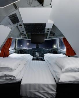 cockpit suite hotelroom jumbo stay